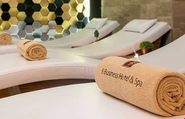 B Business Hotel Spa