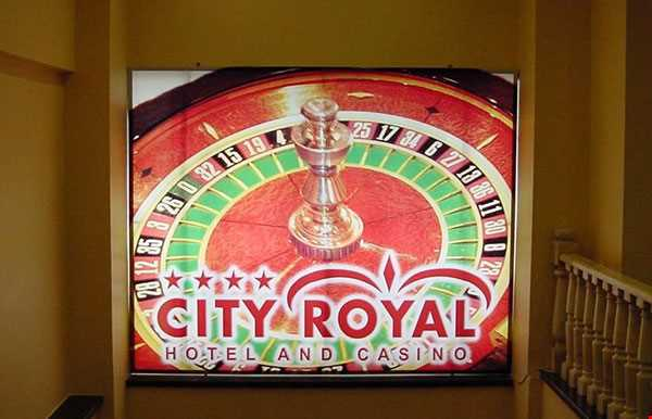 City Royal Hotel